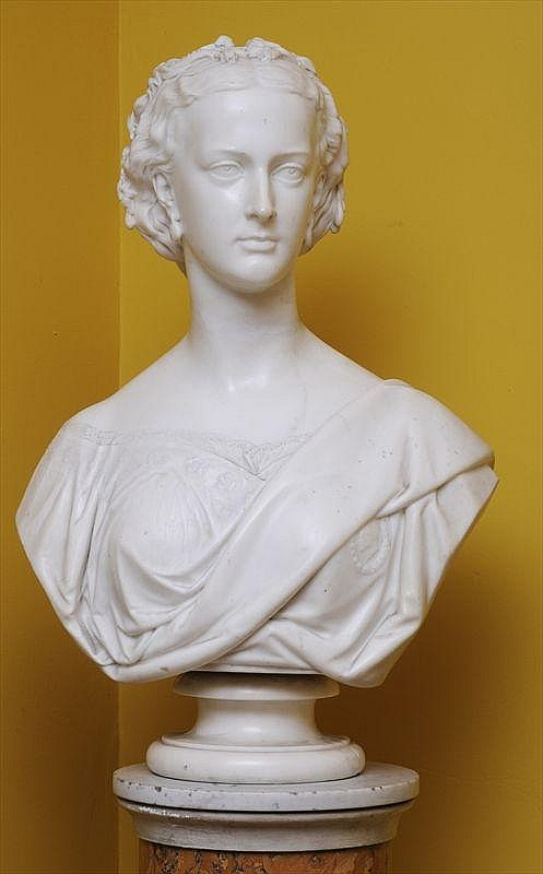 MATTHEW NOBLE (1817-1876): BUST OF A LADY