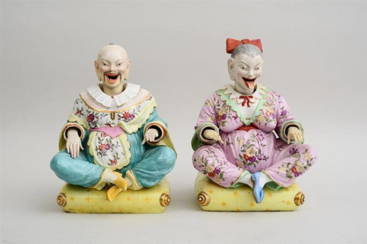 PAIR OF CONTINENTAL PORCELAIN CHINOISERIE NODDING-HEAD FIGURES