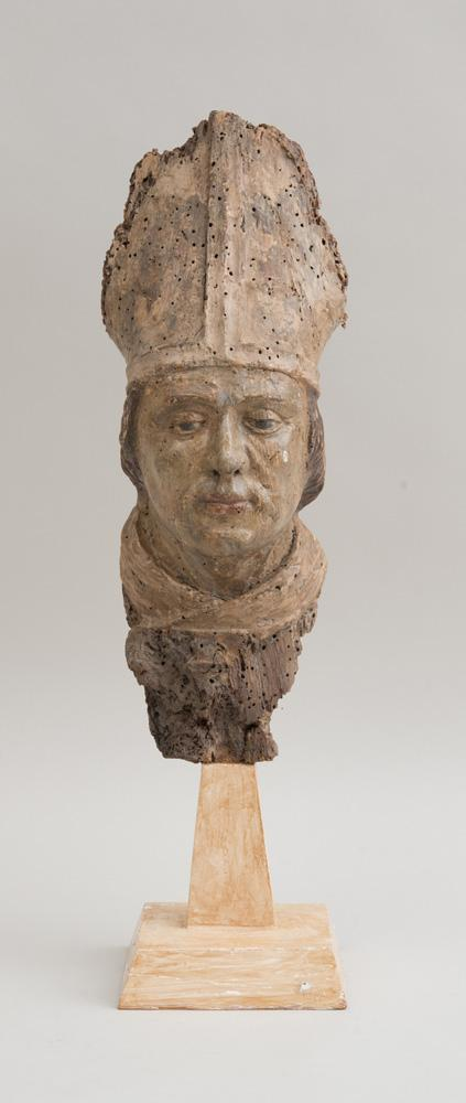ITALIAN BAROQUE CARVED, PAINTED AND PARCEL-GILT HEAD OF A BISHOP