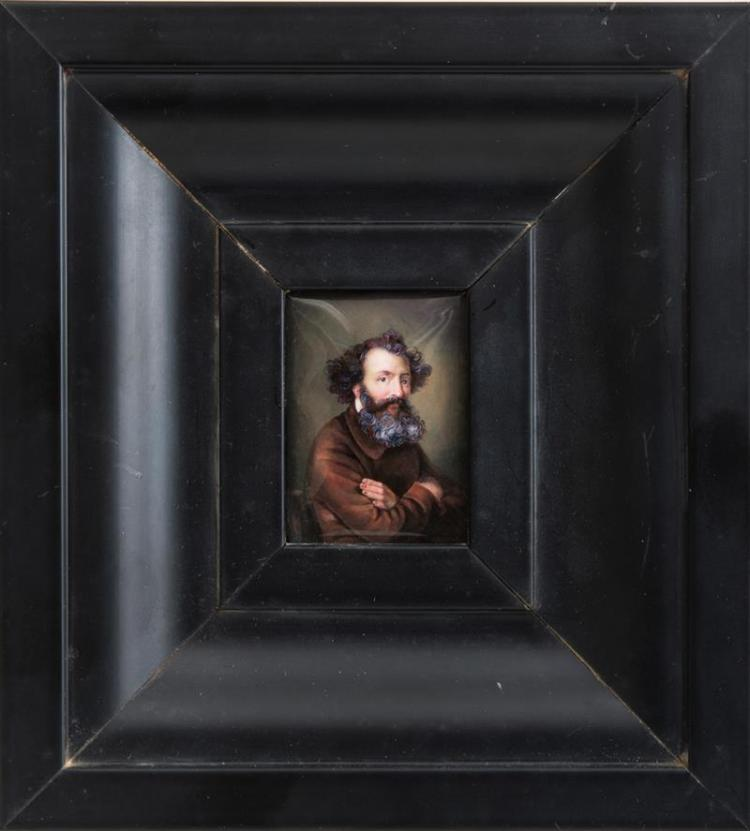 FRENCH PAINTED ENAMEL MINIATURE PORTRAIT OF A BEARDED MAN