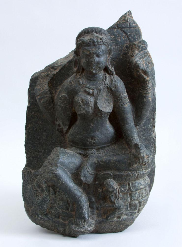 INDIAN CARVED BLACK STONE FIGURE OF A MATRIKA