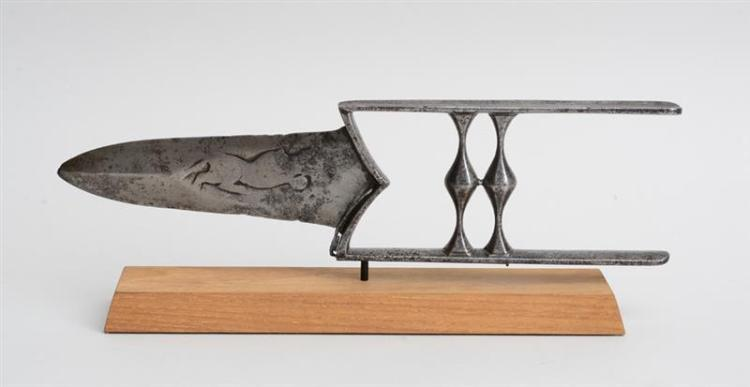 INDIAN STEEL PUNCH DAGGER, KATAR, RAJASTHAN, POSSIBLY MUGHAL