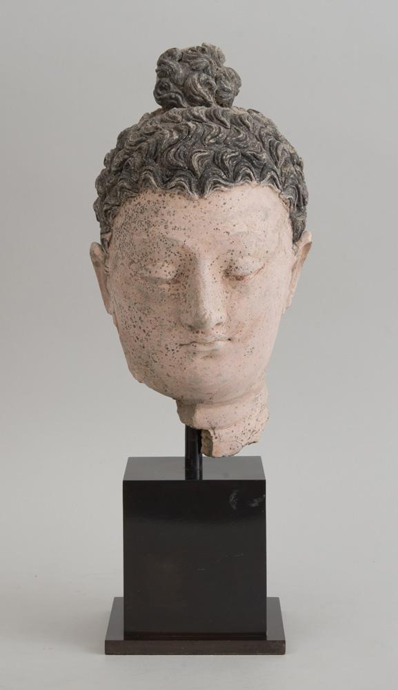 GANDHARAN CLAY HEAD OF BUDDHA