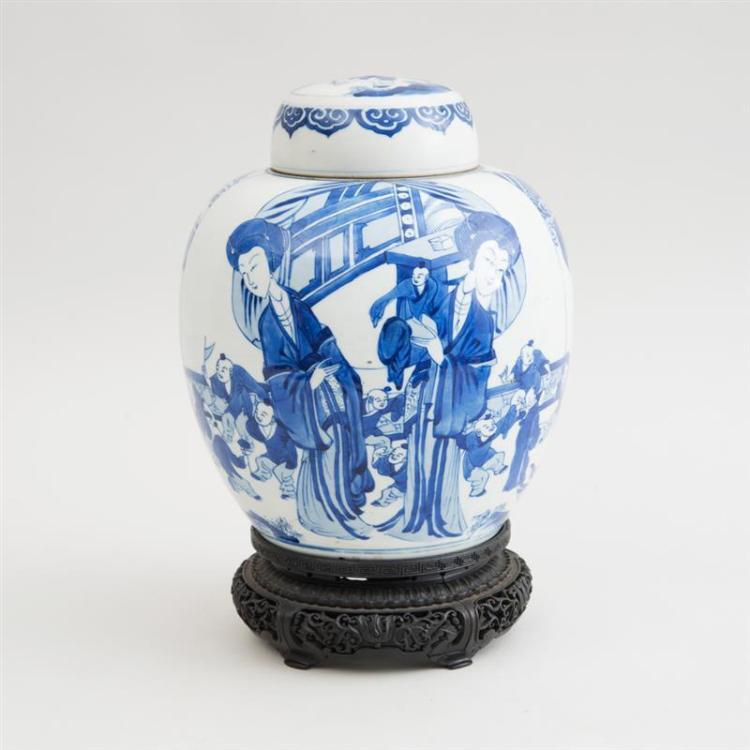 CHINESE BLUE AND WHITE PORCELAIN GINGER JAR AND COVER, KANGXI