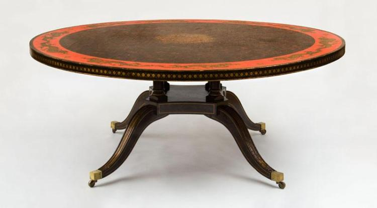 LARGE REGENCY STYLE FAUX TORTOISESHELL AND RED PAINTED AND PARCEL-GILT DINING TABLE