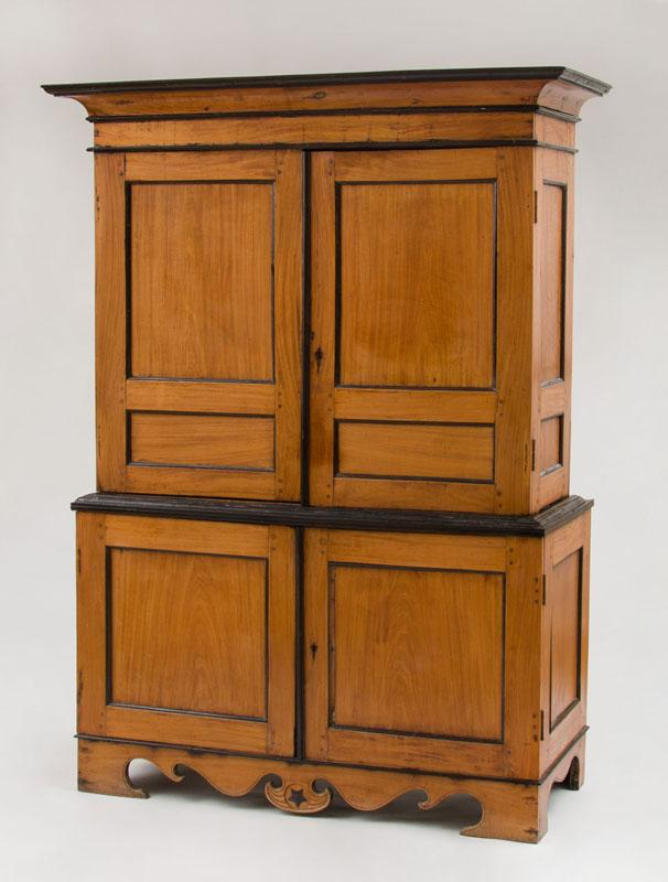 RARE ANGLO-INDIAN SATINWOOD AND EBONY CABINET