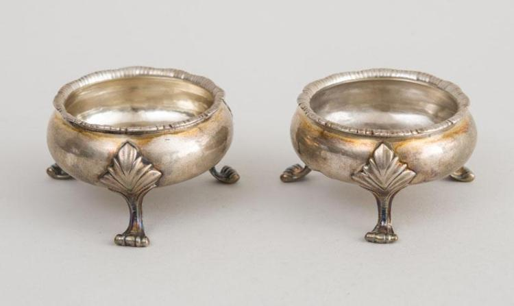 PAIR OF AMERICAN SILVER TRIPOD SALTS