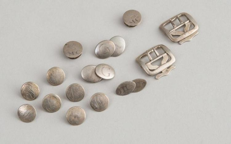GROUP OF AMERICAN SILVER BUTTONS AND CUFFLINKS