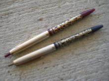 2 Vintage Gold Leaf Pens