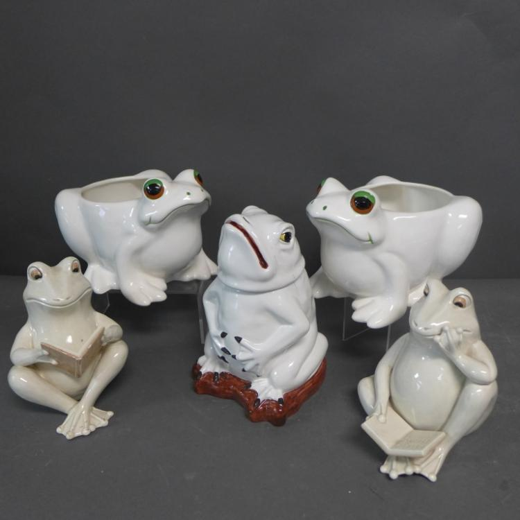 Ceramic Frog Grouping