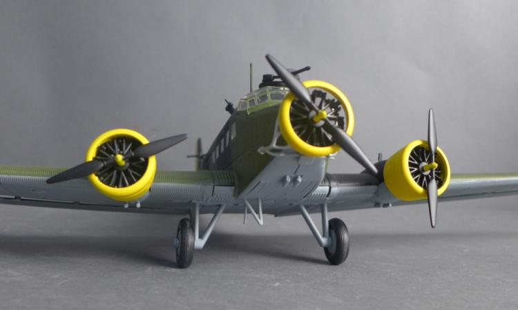 German Junker Ju 52 3M Die-Cast Model Airplane