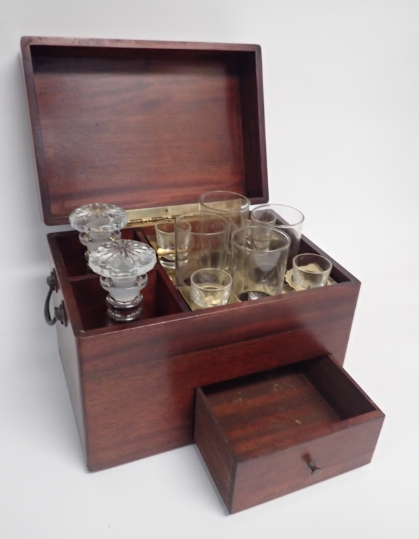 Vintage Travel Bar With Etched Decanters Glasses,Tomato Blight