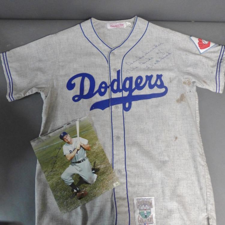 Duke Snider Signed Team Jersey and Photo