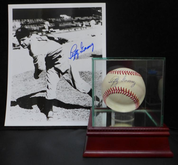 Lefty Gomez Autographed JSA Baseball & Photo