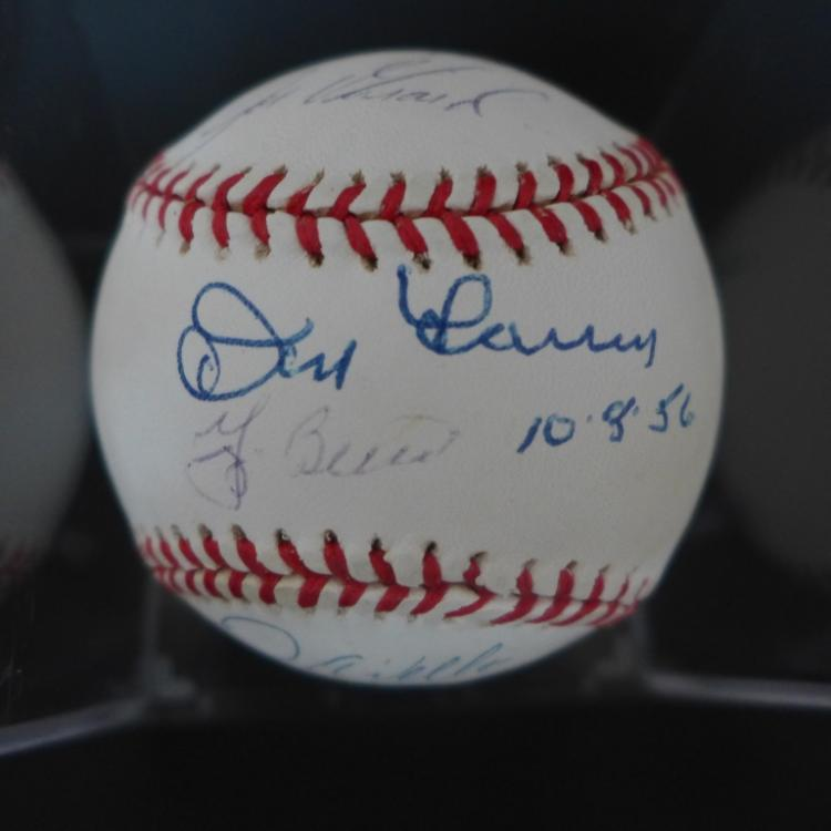 Six Signature Baseball w/ Berra, Wells, Girardi...