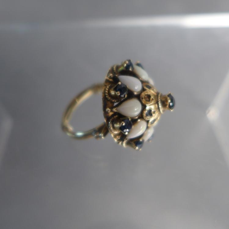 Sapphire, Mother of Pearl & Gold Ring