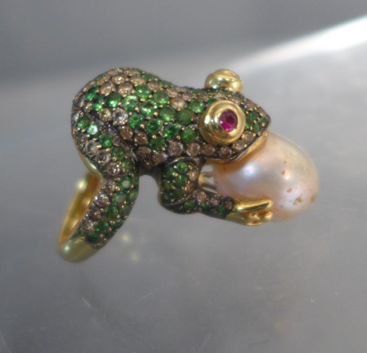 Pearl, Diamond & Green Tsavorite Frog Ring