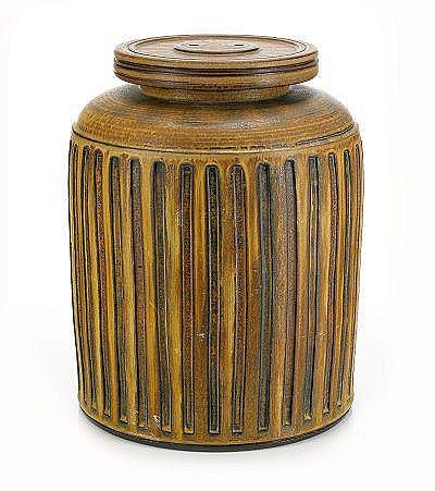 WILHELM KÅGE, urna med lock, Gustavsberg 1959,