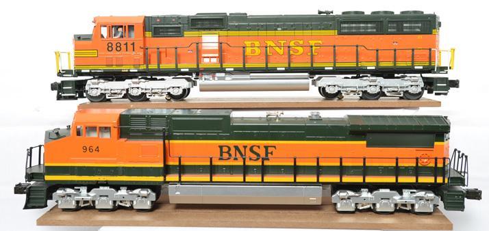 MTH BNSF SD70MAC and Dash-9 dummy locos 20-2215-1 20-2179-A