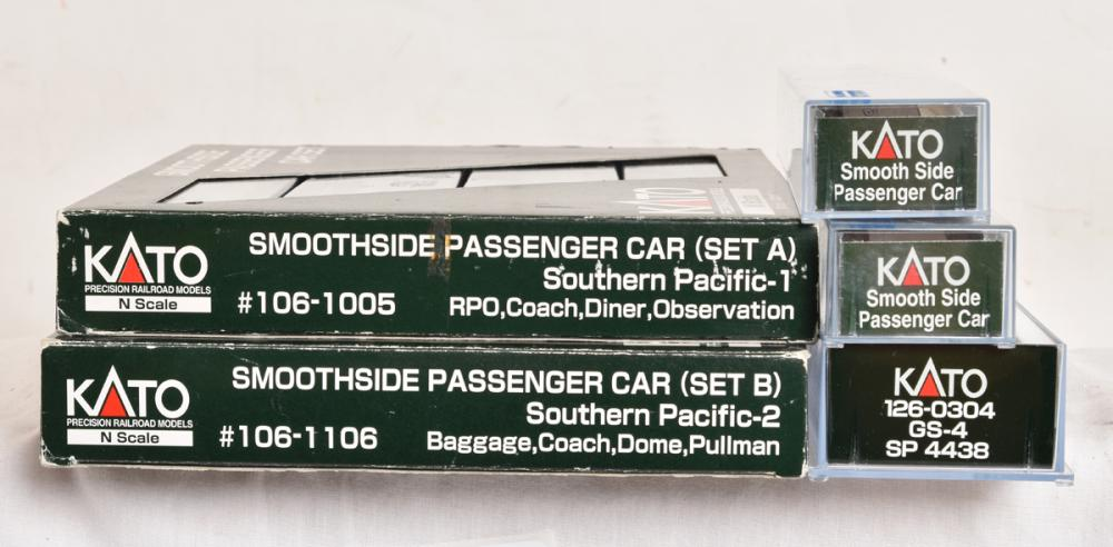 Kato N scale Southern Pacific two tone gray passenger set - GS-4 steam locomotive and 10 cars