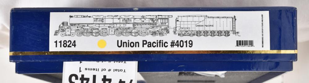 Athearn N scale 11824 Union Pacific 4-8-8-4 Big Boy #4019 steam locomotive w/ Tsunami sound an DCC