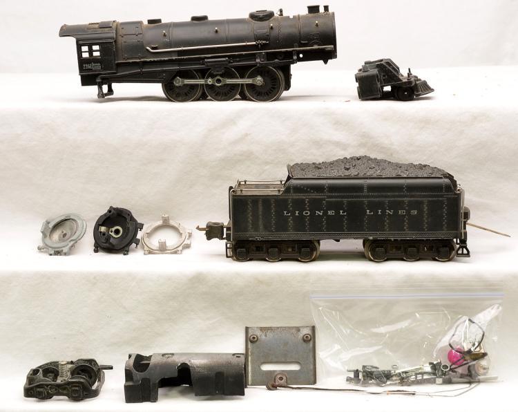 Lionel Train Parts : Lionel prewar o gauge e steam loco w tender and parts
