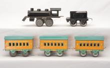 Am Flyer Prewar O Ga. Clockwork Loco 50 Tender & three Empire Express Pass Cars
