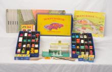 Vintage no. 53 Plastic Matchbox Case w/2 Trays Vehicles by Lesney BP Station