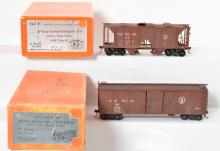Precision Scale Co. Great Northern AAR 50 ton boxcar and 70 ton hopper painted