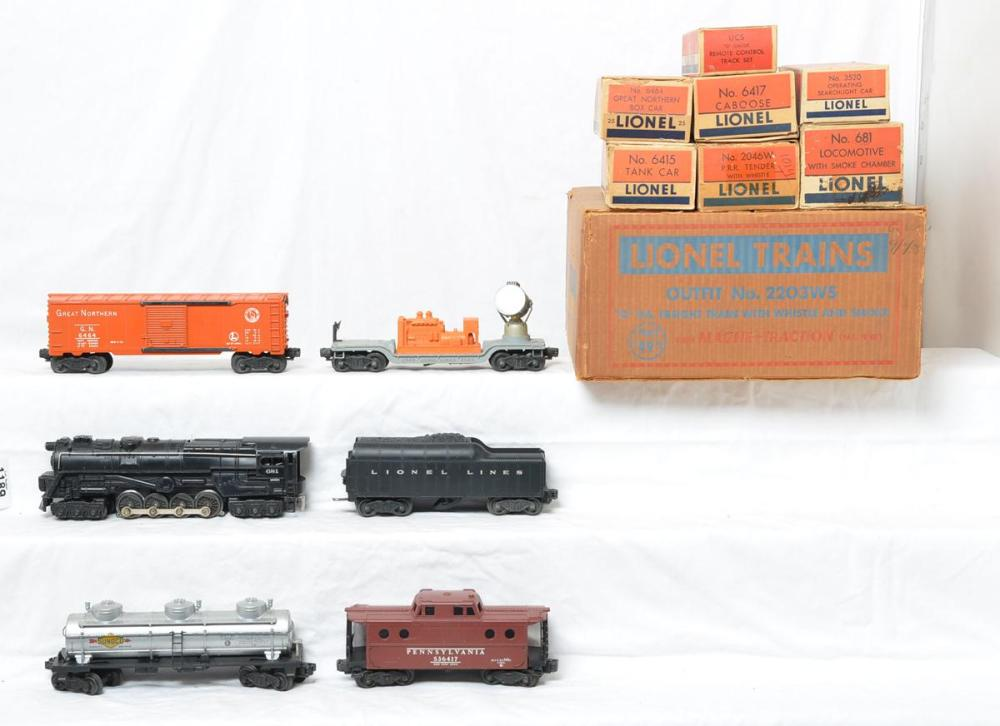 Lionel Postwar 2203WS - 681 Turbine Freight Set w/ Original