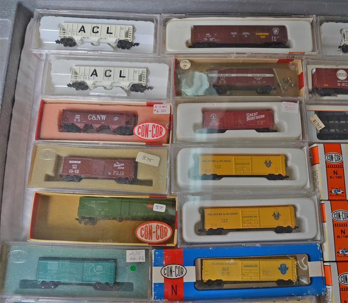 Thirty four Con-Cor & ATLAS Freight Cars Hopper, Boxcars, Stock Cars
