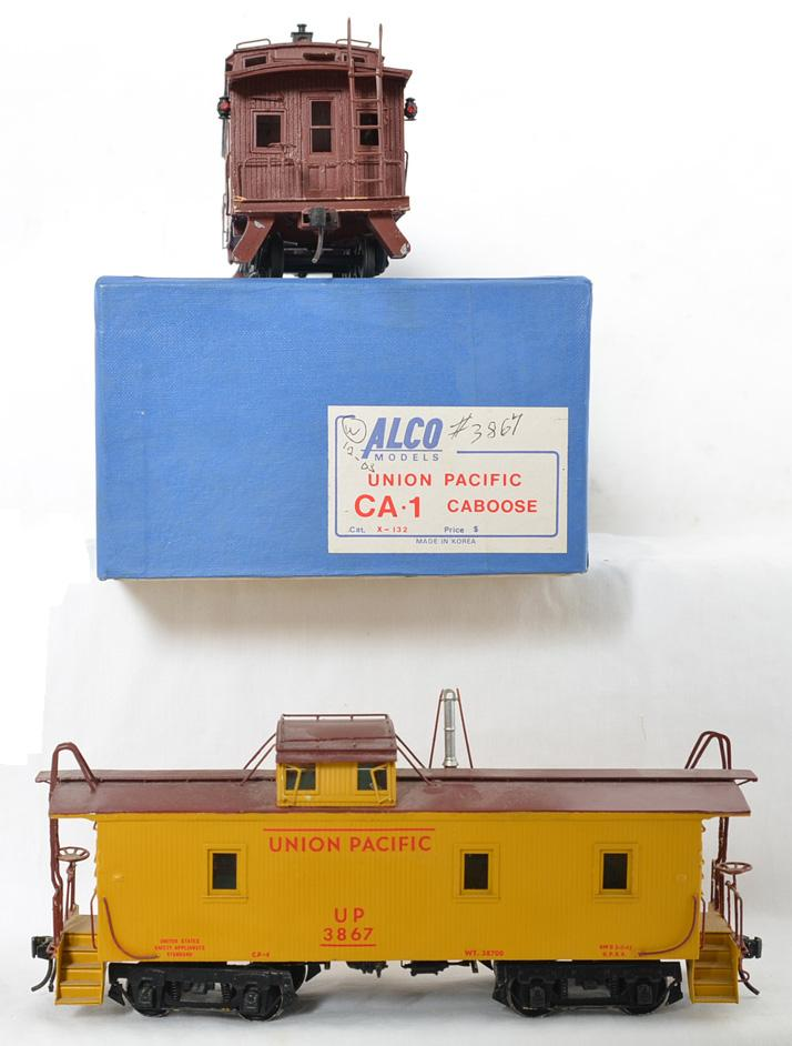 Pair of O scale Union Pacific cabooses Alco brass CA-1 and wooden