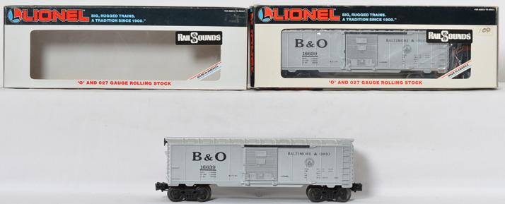2 Lionel B&O boxcar, with Rail Sounds, 16639