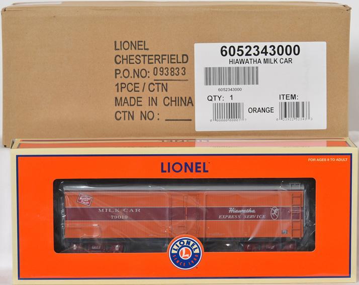 2 Lionel LCCA Hiawatha Milk Cars, 52343