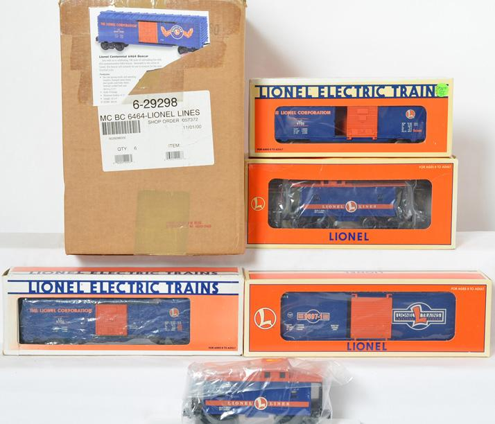 11 Lionel Lines Freight Cars, 26530, 29298, 29221, 9700