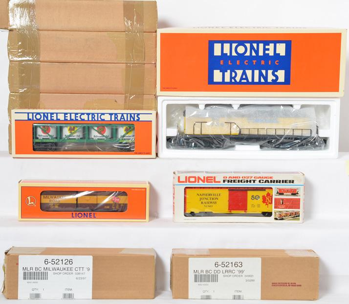 Lionel Diesel and Freight Cars, 52037, 19940, 52126, 9413