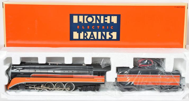 Lionel 18007 Southern Pacific GS-2 Daylight 4-8-4 Loco and Tender