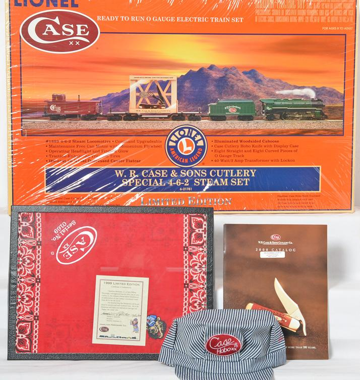 Lionel W.R. Case & Sons Cutlery Set 21781 MIB