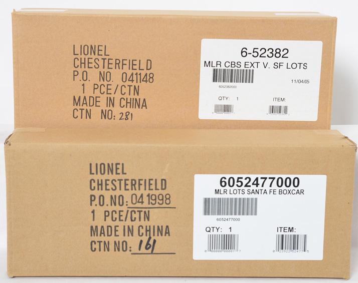 2 Lionel LOTS Santa Fe Warbonnet Freight Cars, 52382, 52477