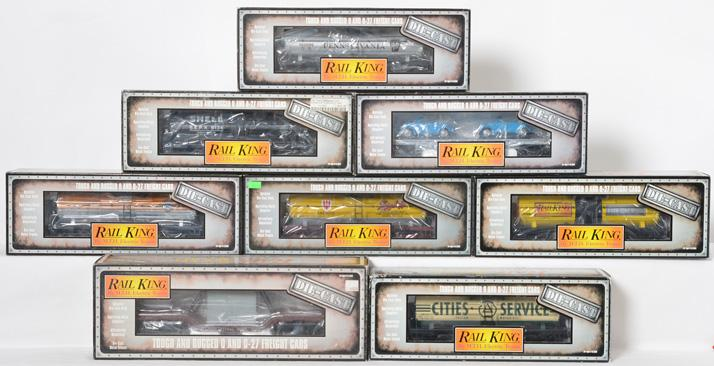 8 Railking die cast tank cars and flat cars Pennsylvania, Shell, Western Pacific, etc.