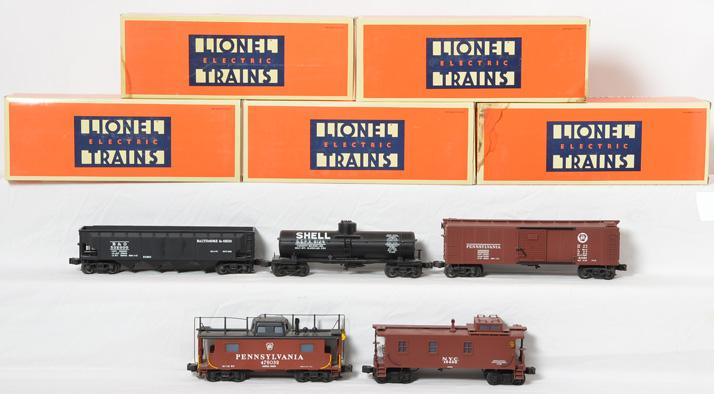 5 Lionel Semi Scale Freight Cars, 51702, 51501, 51300, 51401, 51701
