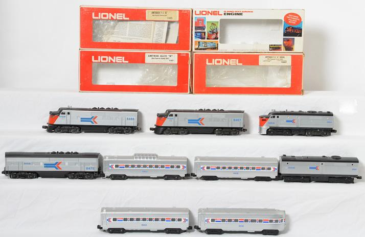 Lionel Amtrak F3 ABBA and Passenger Car Set, 8466, 8467, 6403-06