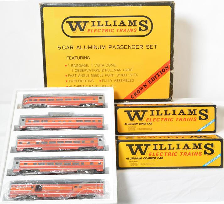 Williams O gauge seven car Southern Pacific daylight aluminum passenger car set