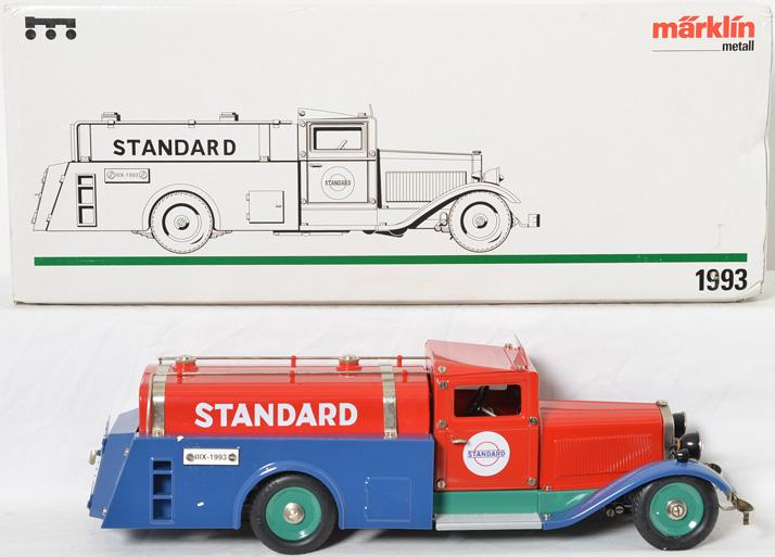 Marklin 1993 Standard Oil Truck in original box