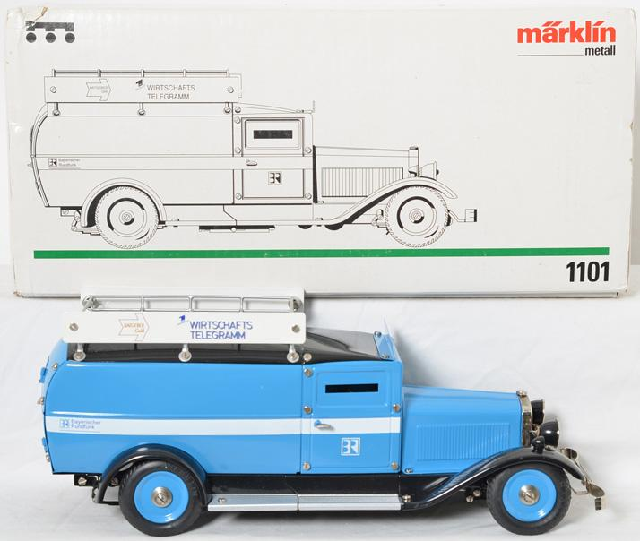 Marklin 1101 armoured bank truck in original box