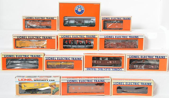 13 Lionel Milwaukee Road and other freight cars 16373, 19500, 19204, 19400, etc