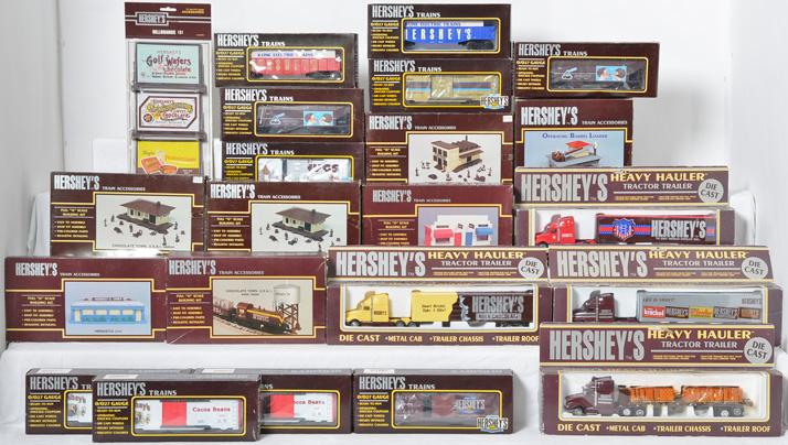 Group of 22 K Line Hershey''s freight cars and accessories