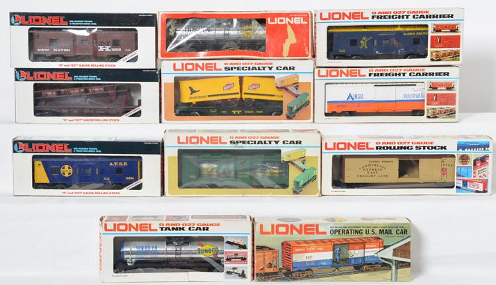 11 Lionel Freight Cars, 5711, 9154, 9301, 9308, 6441