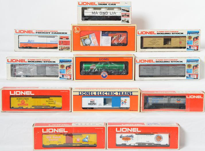 12 Lionel Freight Cars, 9870, 9860, 19531, 29603, 26257