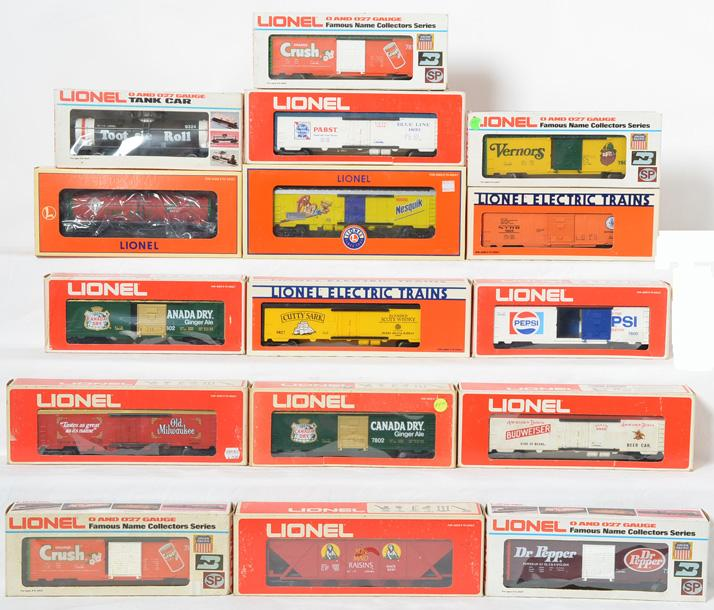 13 Lionel Freight Cars, 780, 7802, 7809, 9324, 9261,19808,